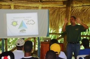 Plan Yaque Apoya Curso para Bomberos Forestales