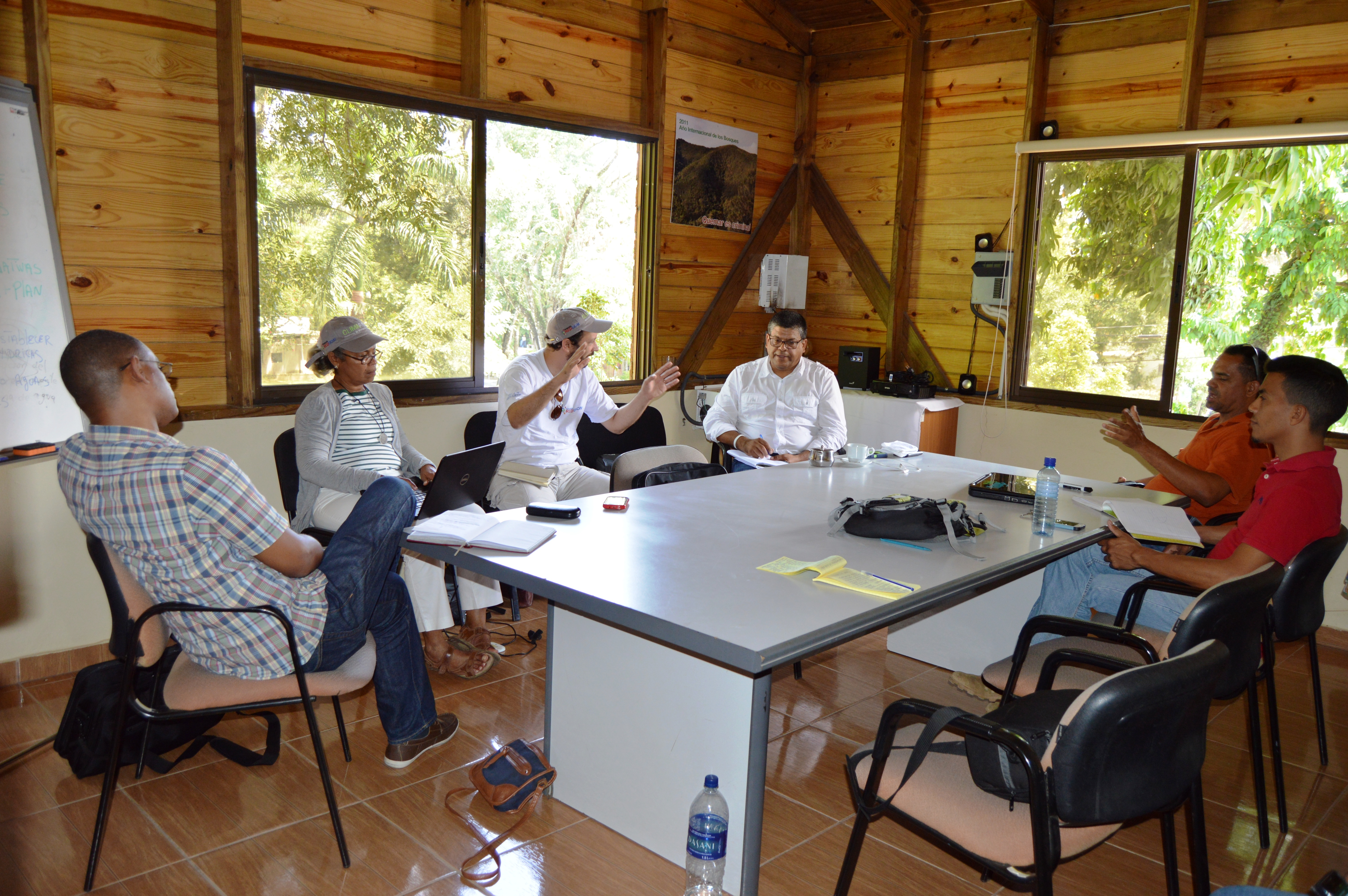 Proyecto Conjunto entre Plan Yaque y la Fundación REDDOM en la Cuenca Yaque