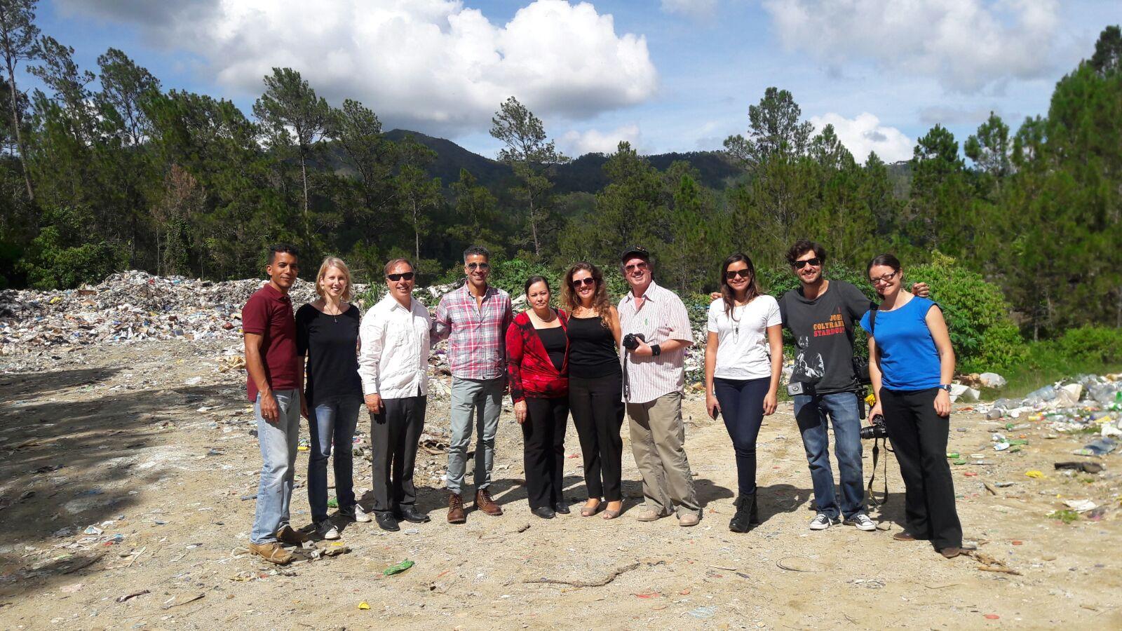 Plan Yaque Recibe Representantes de la OEA y un Periodista Alemán