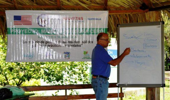"""Talleres sobre Separación de Residuos y Producción de Abono de la Iniciativa """"Manabao Basura Cero"""""""