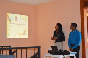 Presentación de Esther y Jeison